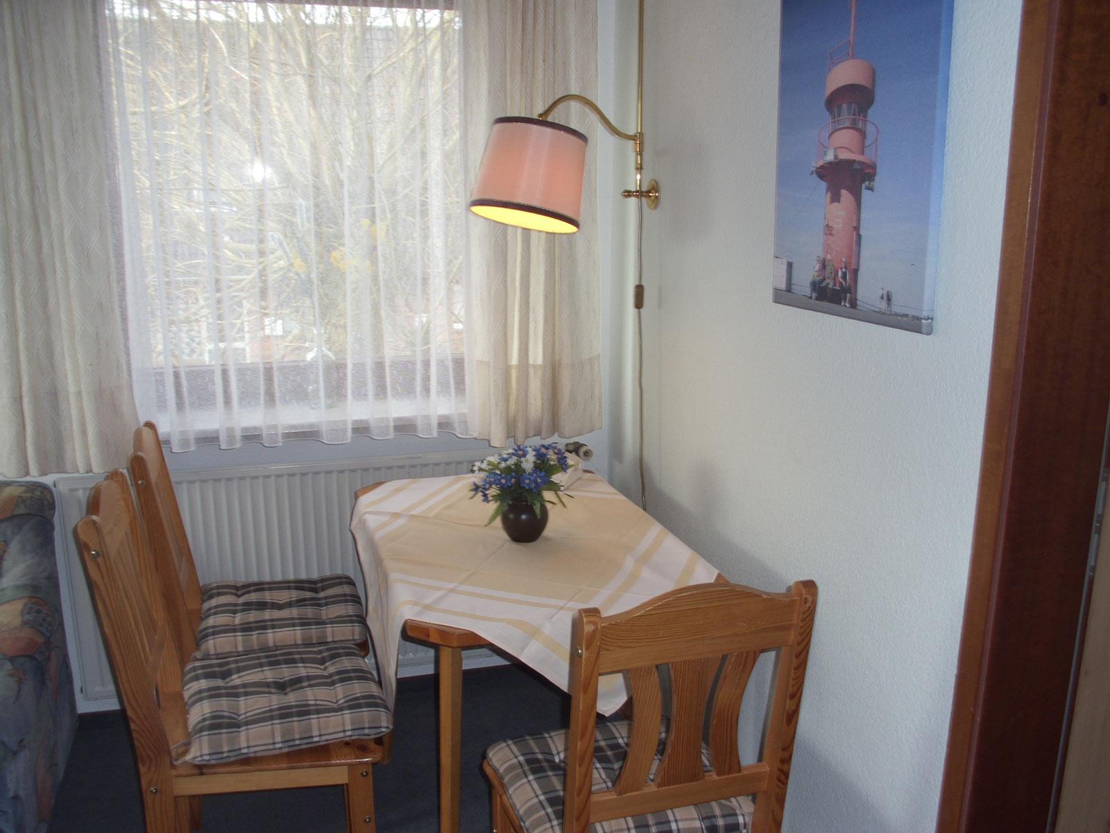 Ferienwohnung 2 urlaub an der nordsee - Kleine sitzecke wohnzimmer ...